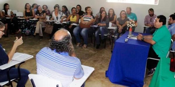 Redenção/ Prefeitura promove seminário para educadores