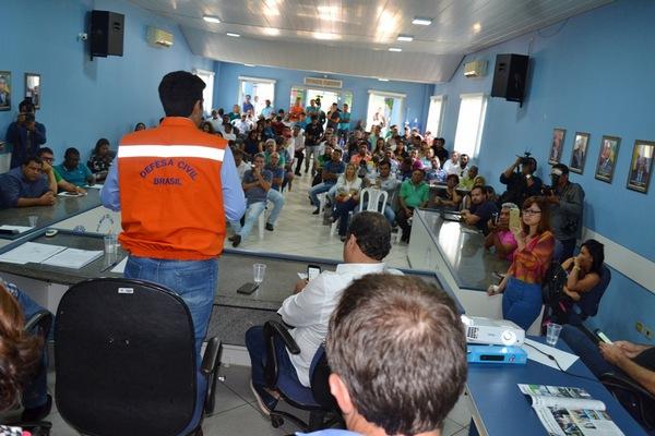 Sul do Pará/ Helder Barbalho recebe prefeitos das cidades em situação de emergência