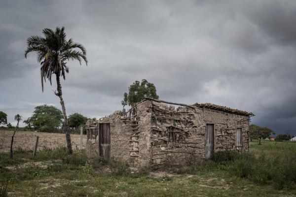 Ruínas de casa de taipa onde o ex-presidente Luiz Inácio Lula da Silva nasceu, na cidade de Caetés (na época, distrito de Garanhuns, PE) - Avener Prado/Folhapress