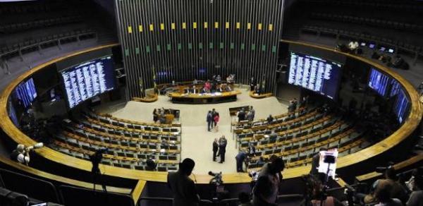 Eleitos do Exército já articulam atuação na Câmara e querem bancada militar.