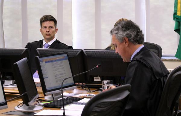 Manipulação da informação é intensa após julgamento de Lula
