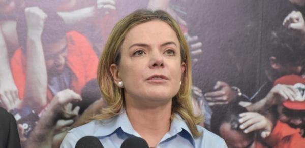 PT pede que CNJ impeça Moro de assumir Justiça antes de órgão julgar acusações