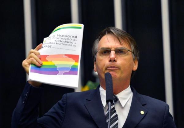 Veto a ideologia de gênero, bandeira de Bolsonaro, sofre derrotas na Justiça