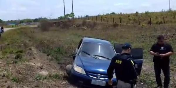 Policiais rodoviários federais reagem a tentativa de assalto e ferem criminoso