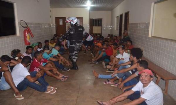 Operação policial surpresa em Eldorado do Carajás detém 68 pessoas