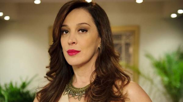 Claudia Raia define casamento com Alexandre Frota em uma só palavra
