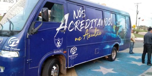 Micro-ônibus da equipe do Águia é roubado em Marabá
