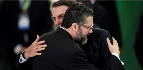 Especialistas demonstram preocupação com a política externa de Bolsonaro