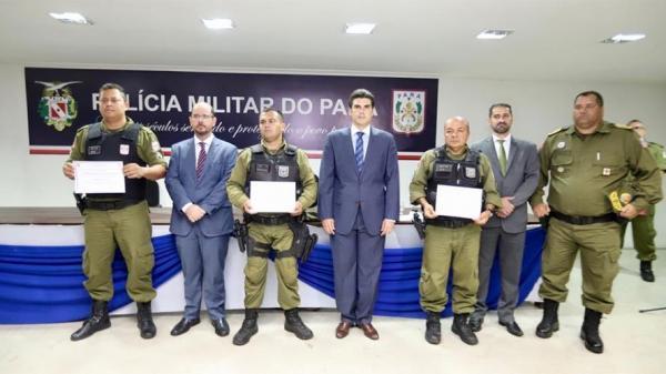 Em coletiva, Helder reafirma parceria entre polícia e governo para pacificar o Estado