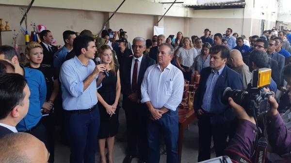 Governador se reúne com moradores para falar sobre segurança pública em Belém