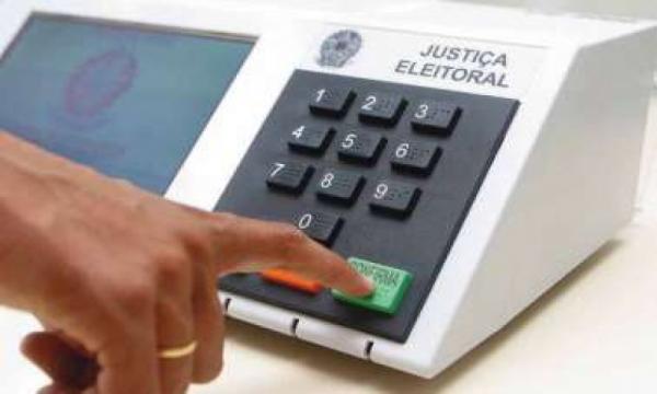 Candidata laranja recebeu R$ 400 mil do PSL na eleição de 2018, diz jornal