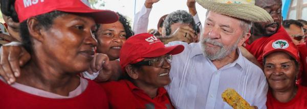 Jornal diz que prova usada contra Lula no caso Atibaia foi fabricada durante acordo de delação premiada