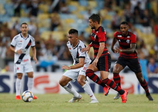 Com gol de pênalti no fim, Vasco empata com o Flamengo na Taça Rio