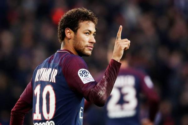 Neymar fatura até R$ 1,8 mi a cada postagem nas redes sociais