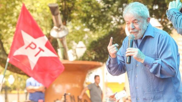 Tríplex: Lula pede que STJ anule condenação e leve caso à Justiça Eleitoral