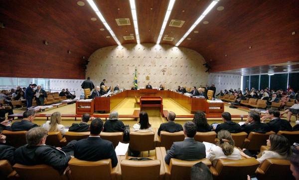 OAB, CNBB e mais 159 entidades assinam manifesto em defesa do Supremo