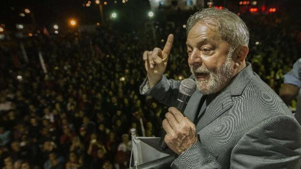 Liberdade, prisão domiciliar ou continuar na cadeia: os possíveis desfechos do novo julgamento de Lula