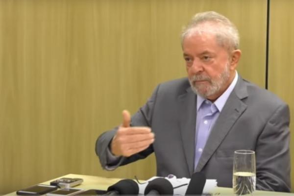 Em entrevista a jornais, Lula diz que Brasil é 'governado por um bando de maluco'