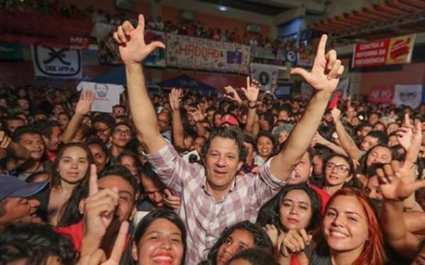 No Pará, Fernando Haddad defende verbas e incentivos à educação e faz críticas a Bolsonaro
