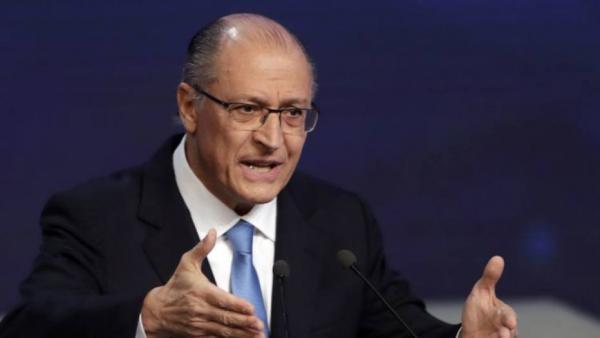 Alckmin ataca Bolsonaro: 'Onde está a agenda desse governo?'