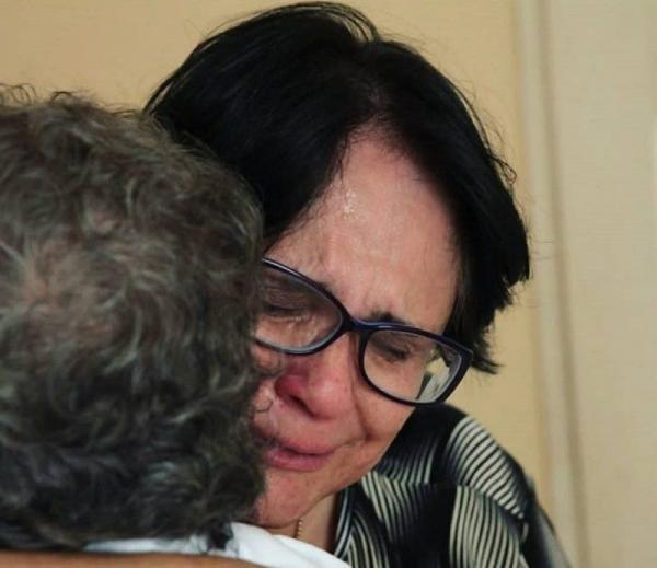Ministra Damares Alves publica foto emocionada após visitar o Marajó