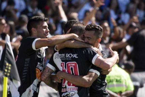 Vasco vence de virada e deixa Fluminense com um pé na zona de rebaixamento