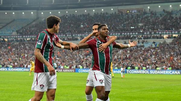 Yony González comemora gol do Fluminense contra o PeñarolImagem: Thiago Ribeiro/AGIF