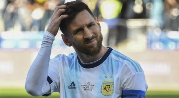 Messi alega corrupção em derrota para Brasil e recebe punição e multa