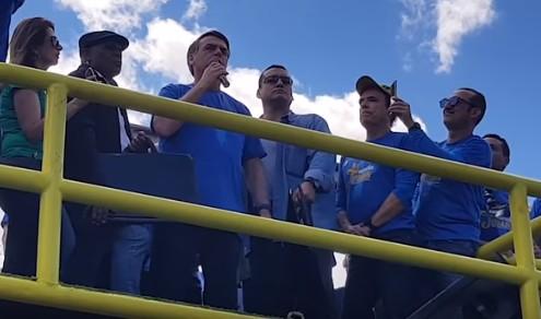 """Bolsonaro diz na Marcha para Jesus que ideologia de gênero """"é coisa do capeta"""": """"eu, Jonnie Bravo, sou cristão"""""""