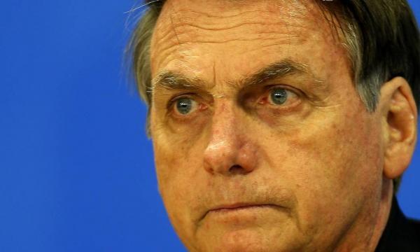 Bolsonaro diz que governadores da região Norte são coniventes com desmatamento da Amazônia