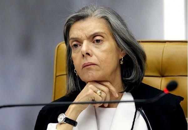 Os filhos de Januário e pais de Bolsonaro estão inquietos