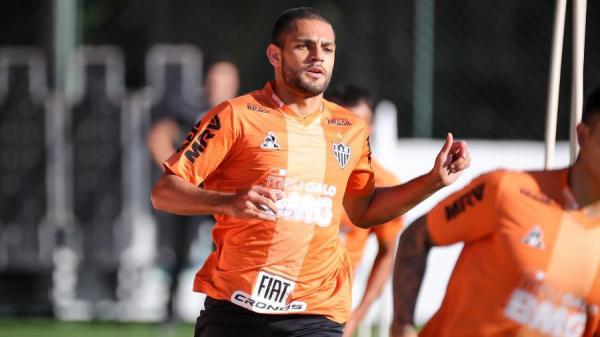 Vasco chega a acordo pelo atacante Clayton, do Atlético-MG
