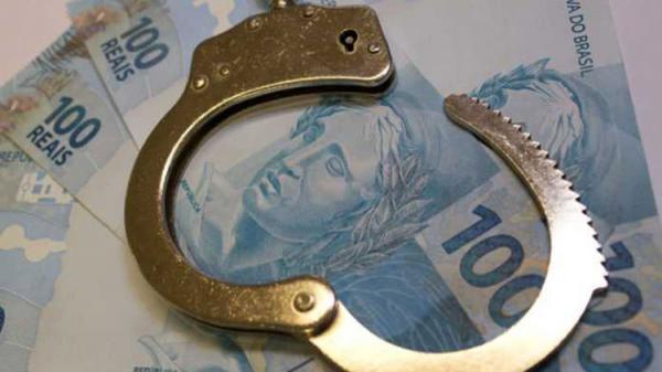 MP acusa ex-prefeito e primo de concussão e lavagem de dinheiro