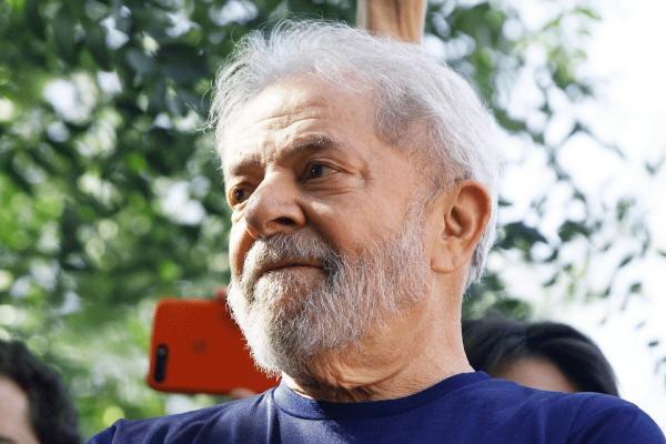 Lula: presidente se recusa a passar para o regime semiaberto e diz querer sua liberdade plena (Fabio Vieira/Getty Images)