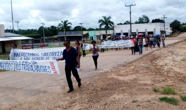 Água Azul: Sintepp acusa prefeitura de tirar direito dos trabalhadores em educação