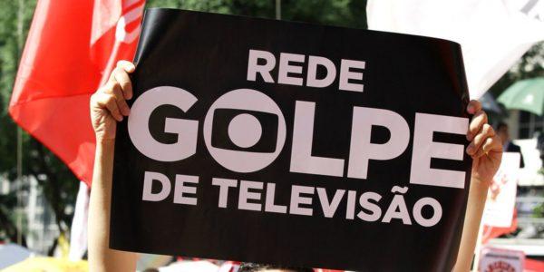 """Globo tem histórico de derrubar presidentes; te cuida, """"Seu Jair"""""""