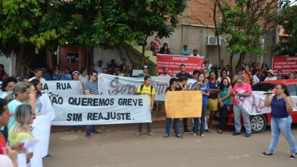 Canaã dos Carajás entra no terceiro dia de greve geral