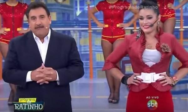"""Ratinho chuta funcionária Milene Pavorô, que revela inquérito policial contra apresentador: """"tiver que depor"""""""