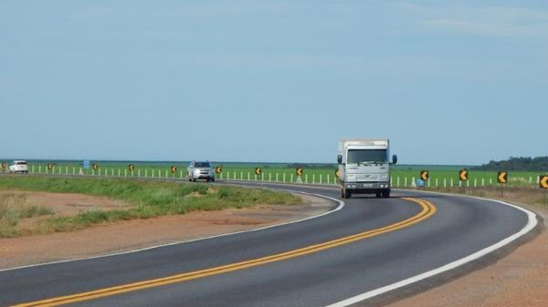 BR-163 viabiliza o caminho das exportações pelos portos privados do Arco Norte