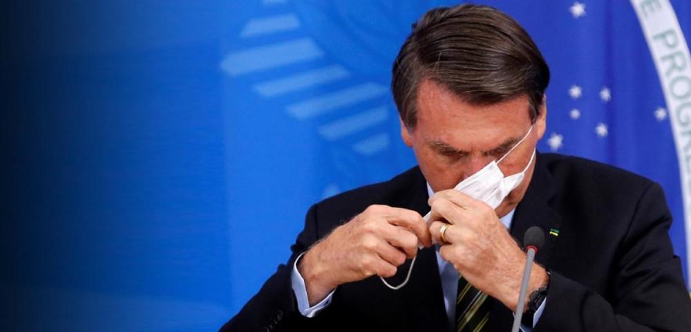 Jair Bolsonaro durante coletiva de imprensa sobre o coronavírus (Foto: REUTERS/Adriano Machado)