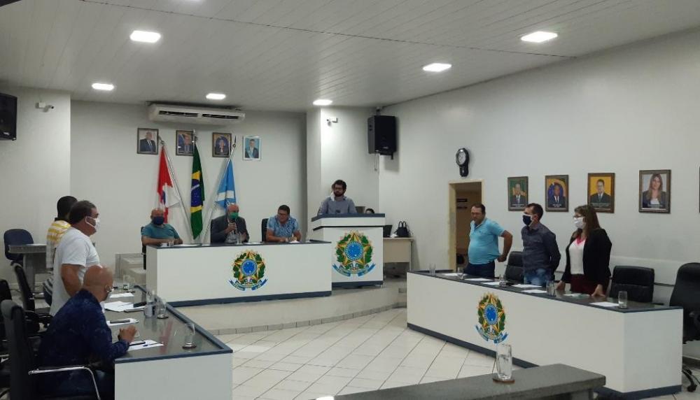 VEREADORES REJEITAM PROPOSTA DE COMPRA DE MATERIAIS DE PROTEÇÃO À POPULAÇÃO