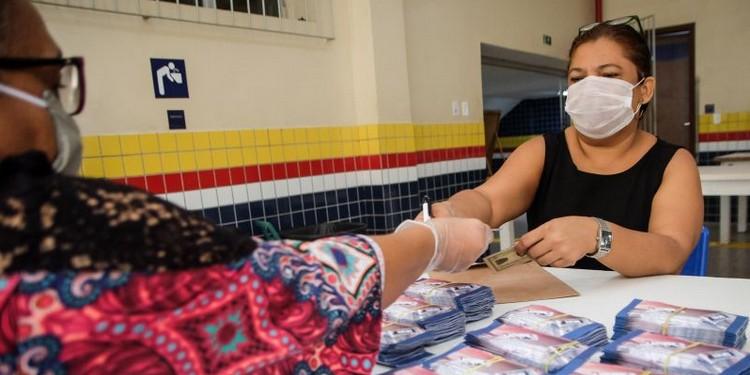 Merenda distribuída na rede estadual, onde vales alimentação também auxiliam famílias na pandemia