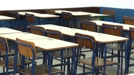 Congresso discute a renovação do fundo da educação básica, que tem vigência só até o fim deste ano. Pelo texto do governo, a proposta só entraria em vigor a partir de 2022 e não 2021.
