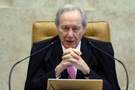 Lewandowski manda ao Plenário ação que pede suspensão da intervenção no Rio
