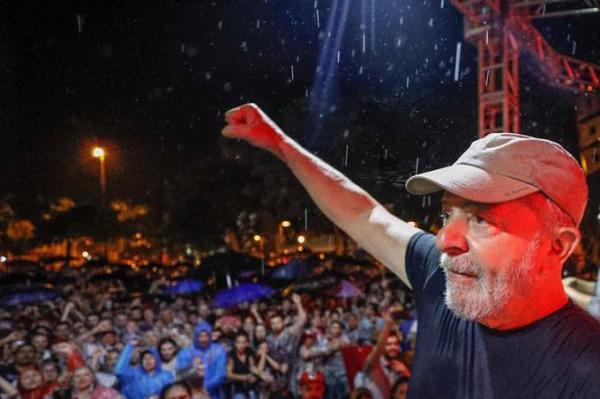 TRF4 deve rejeitar recursos de Lula — mas nada vai mudar
