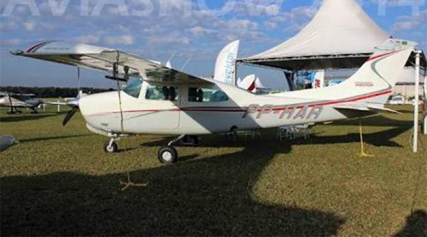 Avião com 330 kg de cocaína é apreendido em Jacareacanga