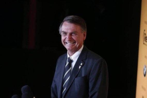 Pesquisa: Sem Lula, Bolsonaro lidera e empata com Marina no 2º turno