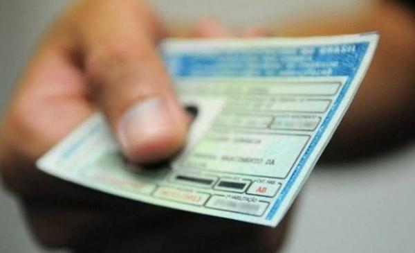 Página falsa tenta enganar interessados em tirar carteira de motorista