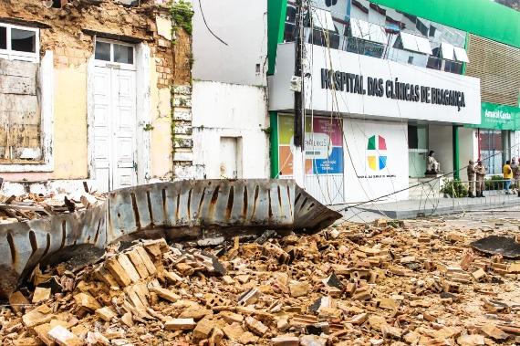 Hospital de Bragança é interditado após desabamento