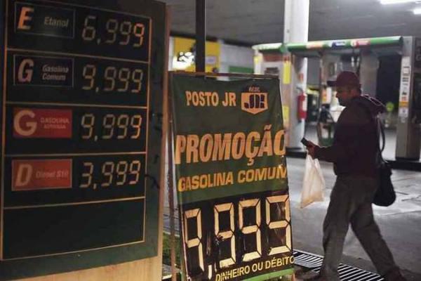 Gasolina, desemprego, raiva do governo: por que caminhoneiros têm apoio?